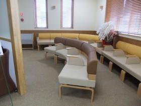 リビングのような内科待合室